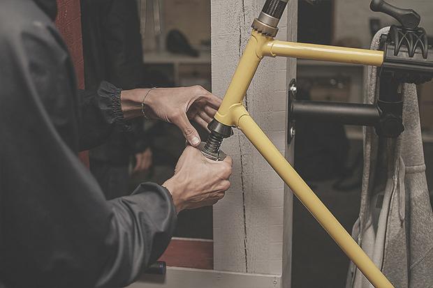 «Можно поехать в отпуск, а можно взять и купить сварочный аппарат»: Инженеры веломастерской Ellipsis. Изображение № 11.