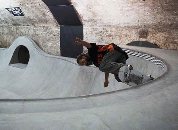 В Лондоне открылся большой скейт-парк The House of Vans. Изображение № 14.