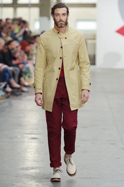 Марка Oliver Spencer выпустила летнюю коллекцию одежды. Изображение № 13.