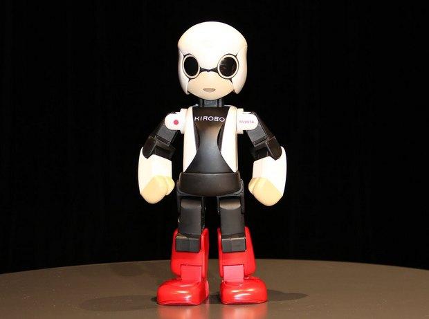 Японцы отправили на орбиту говорящего робота. Изображение № 4.