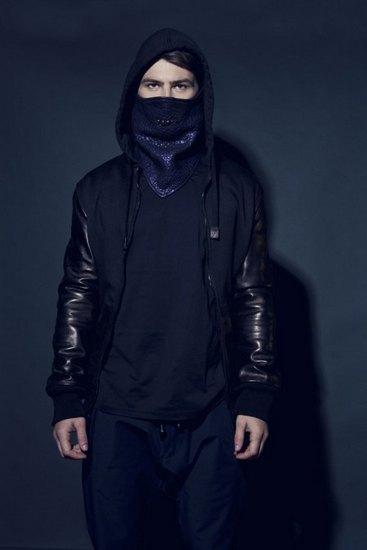 Рэпер Nas и сайт Grungy Gentleman запустили совместную линейку одежды. Изображение № 3.