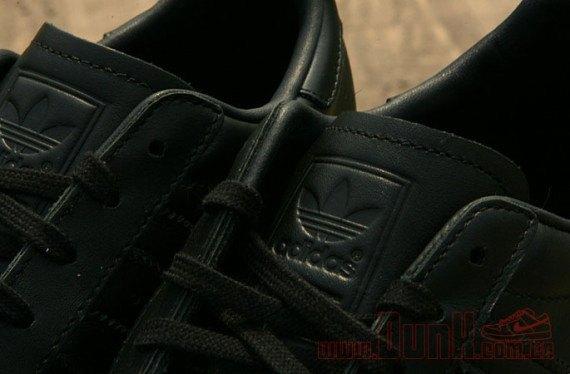 Adidas Originals выпустила кроссовки Superstar 80s с металлическими мысками. Изображение № 7.