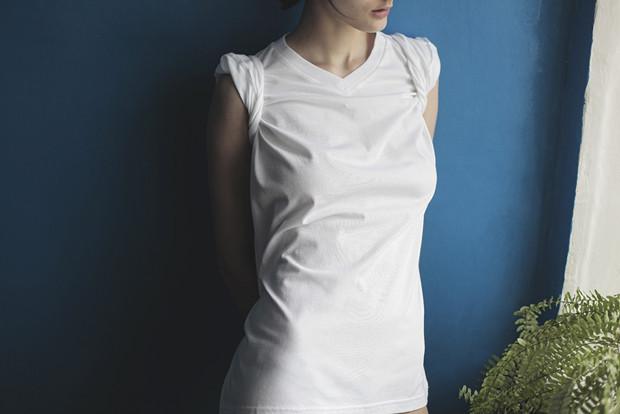 Ревизия: Тест промокаемости белых футболок. Изображение № 8.