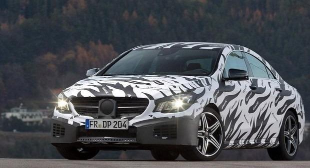 Mercedes показали новый закамуфлированный спортивный седан. Изображение № 8.
