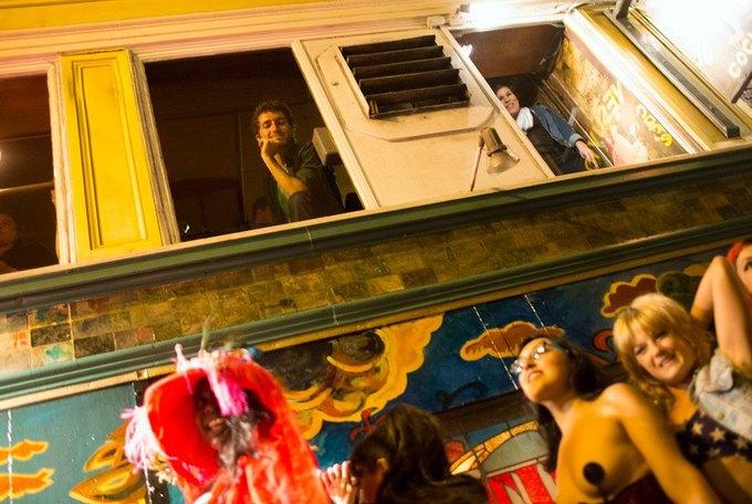В Сан-Франциско закрылся легендарный стрип-клуб Lusty Lady. Изображение № 16.