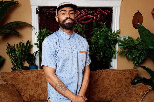 Американский ритейлер Вodega опубликовал лукбук весенней коллекции одежды. Изображение № 4.