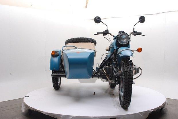 Российская марка «Урал» и бренд Pendleton собрали совместную модель мотоцикла. Изображение № 3.