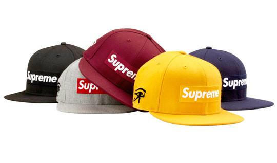 Уличная одежда Supreme: весенне-летний лукбук, кепки, рюкзаки и аксессуары. Изображение № 36.
