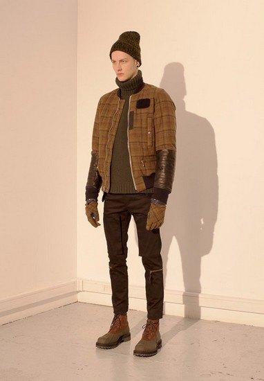 Марка Undercover опубликовала лукбук осенней коллекции одежды. Изображение № 15.