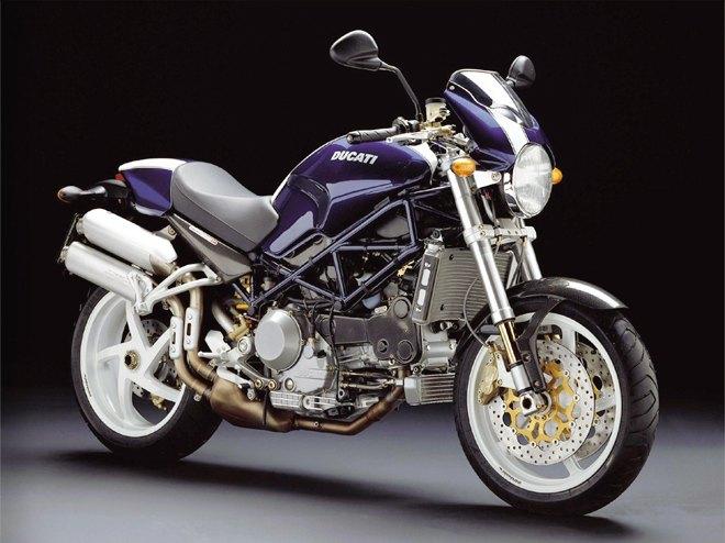 Современная классика: Гид по Ducati Monster как одному из лучших дорожных мотоциклов. Изображение № 10.