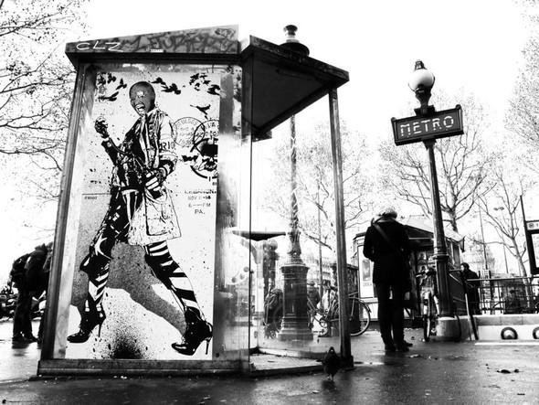 Новая работа уличного художника WK Interact. Изображение № 5.