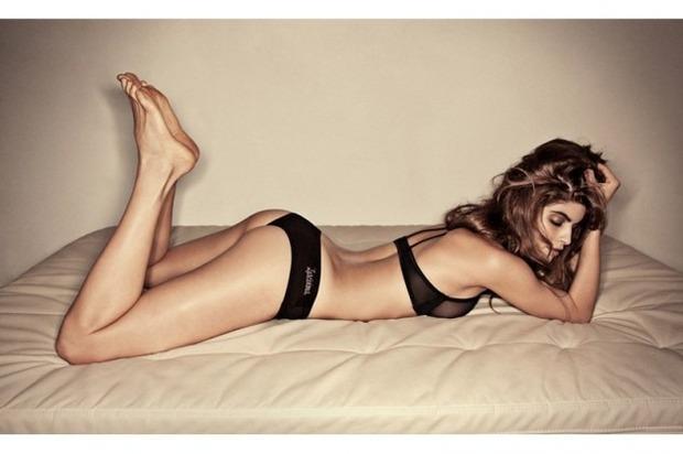 Модель Элени Ти снялась в рекламе марки Lascivious. Изображение № 21.