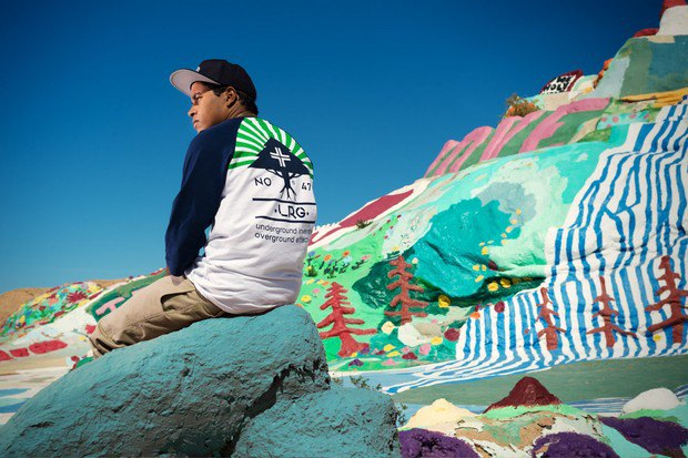 Марка LRG выпустила лукбук летней коллекции одежды, снятый в калифорнийской пустыне. Изображение № 1.