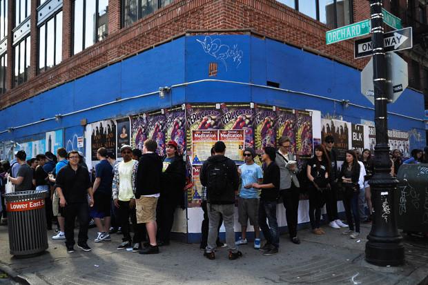 Хип-хоп-группа Odd Future открыла поп-ап-магазин и выпустила видео. Изображение № 1.