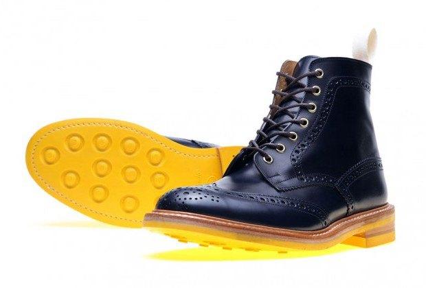 Марка Tricker's и магазин End Hunting Co представили совместную коллекцию обуви. Изображение № 2.
