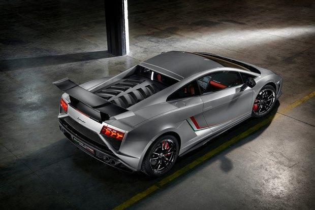 Lamborghini представили новый суперкар Gallardo LP 570-4 Squadra Corse. Изображение № 3.