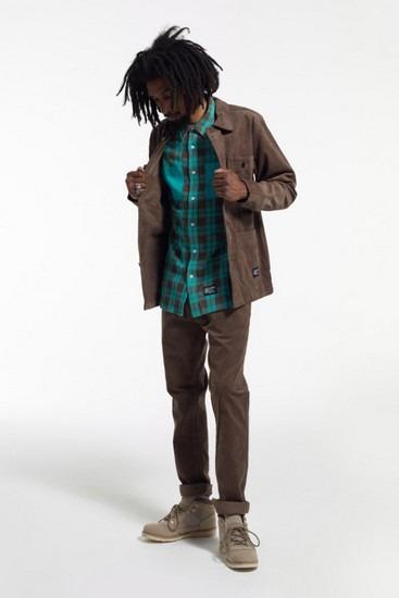Марка Stussy опубликовала второй лукбук новой коллекции одежды своей линейки Holiday. Изображение № 7.