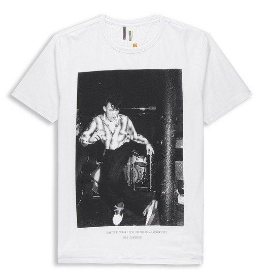 Марка Ben Sherman и музыкальный фотограф Джанет Бекман выпустили совместную коллекцию футболок. Изображение № 3.