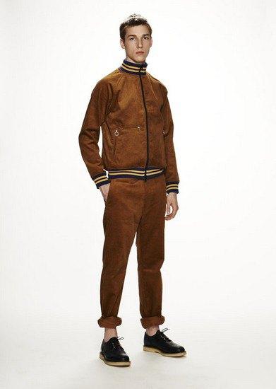 Марка Woolrich Woolen Mills опубликовала лукбук осенней коллекции одежды. Изображение № 11.