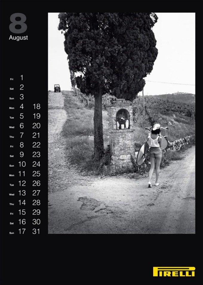 7 эротических календарей на 2014 год. Изображение № 44.