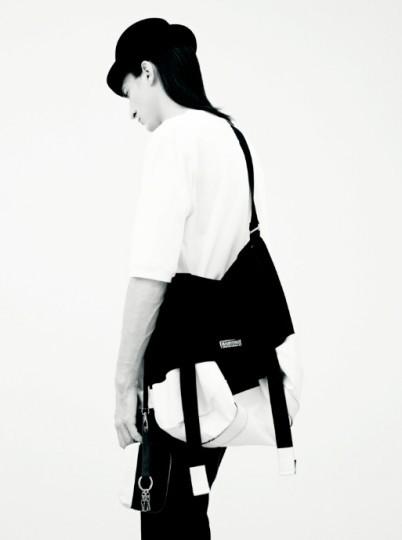 Совместная коллекция марки Eastpak и дизайнера Криса Ван Аша. Изображение № 3.