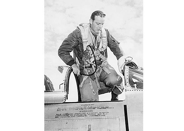 MA-1 Flight Jacket на службе американских пилотов. Изображение № 2.