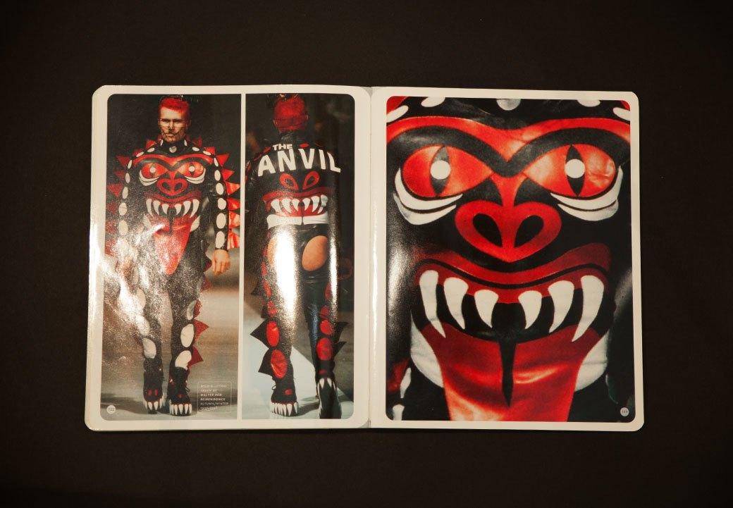 Библиотека мастерской: Книга Superheroes. Fashion and Fantasy. Изображение № 13.
