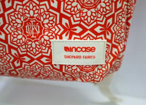 Совместная коллекция сумок марки Incase и художника Шепарда Фейри. Изображение № 4.