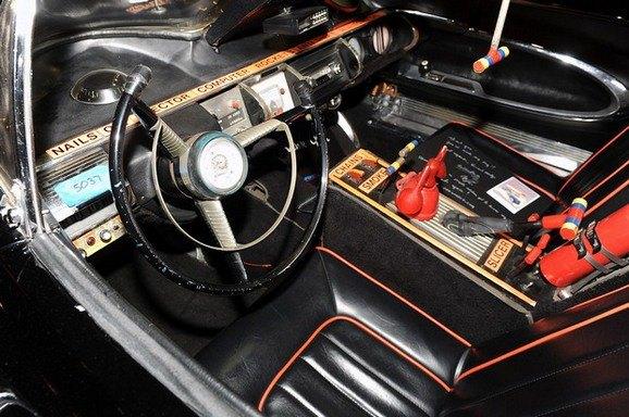 Самый первый Бэтмобиль ушел с аукциона за 4,6 миллиона долларов. Изображение № 5.