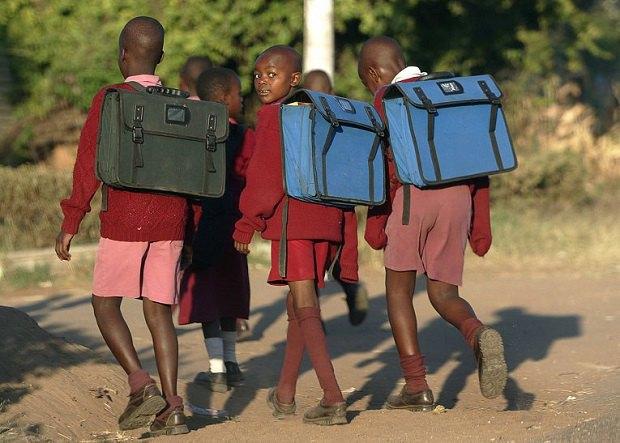 В Зимбабве закрыли школы из-за нападения гоблинов. Изображение № 1.
