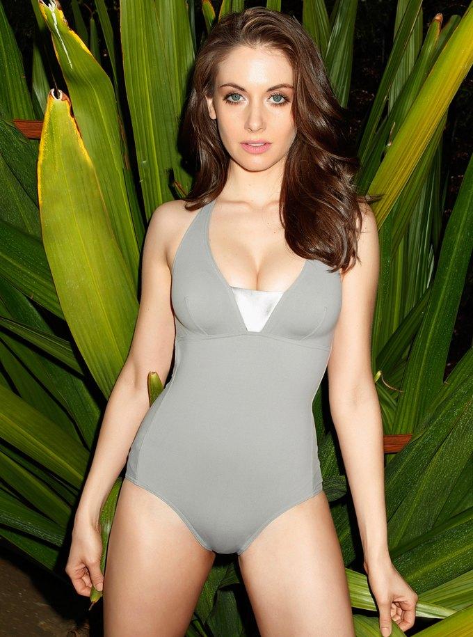 Актриса Элисон Бри снялась для американского Esquire. Изображение № 3.
