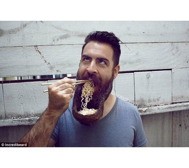 Американец с бородой невероятной формы покоряет блогосферу. Изображение № 1.