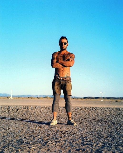 Как развлекаются посетители фестиваля Burning Man в африканской пустыне. Изображение № 10.