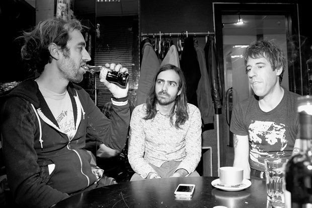 Обряд захоронения: 4 жутких момента из интервью с группой A Place To Bury Strangers. Изображение № 2.