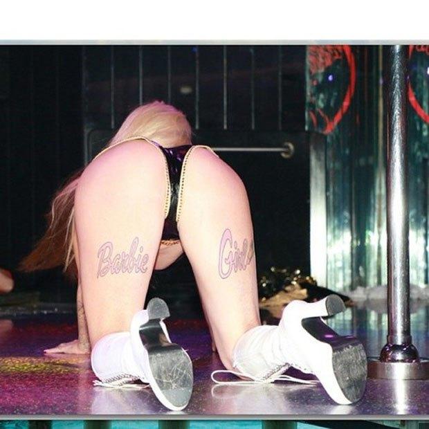 Stripper Locker Room: Блог с селфшотами стриптизёрш. Изображение № 9.