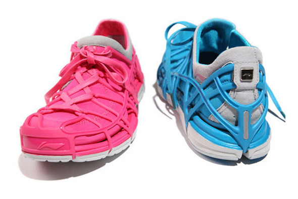 10 самых спорных моделей кроссовок 2011 года. Изображение № 27.