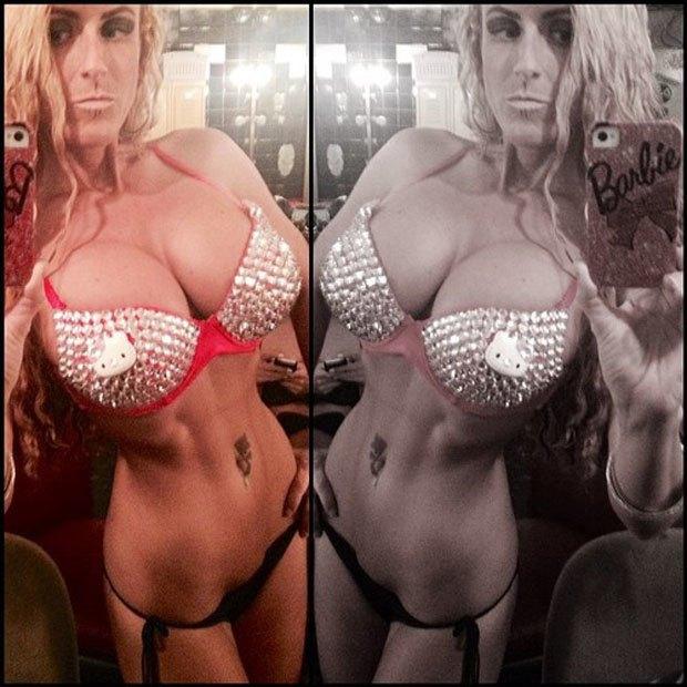 Stripper Locker Room: Блог с селфшотами стриптизёрш. Изображение № 34.