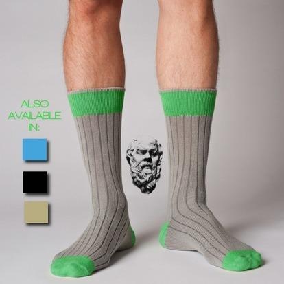 Американец создал неизнашиваемые носки из кевлара. Изображение № 4.