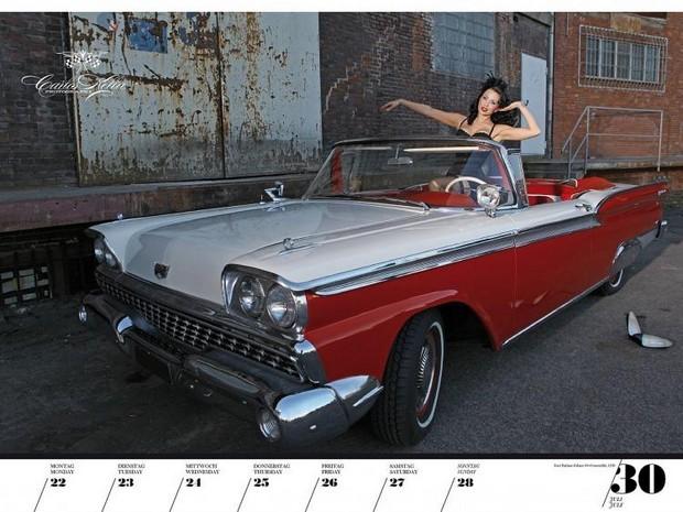 10 эротических календарей на 2013 год. Изображение № 86.