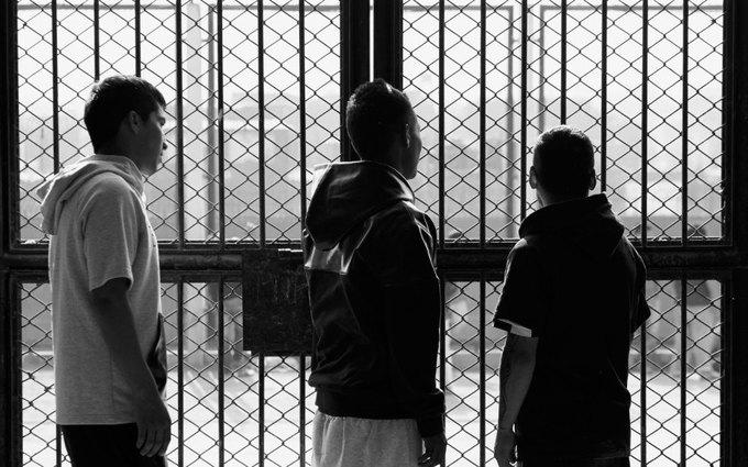 Как заключённые самой опасной тюрьмы Южной Америки шьют дизайнерскую одежду. Изображение № 3.