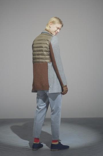 Японская марка Undercover выпустила лукбук осенней коллекции одежды. Изображение № 4.