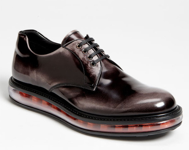 Как классическую обувь поставили на спортивную подошву и стоило ли это делать. Изображение № 8.
