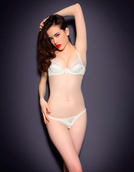 Австралийская модель Сара Стивенс снялась в рекламе Agent Provocateur . Изображение № 31.