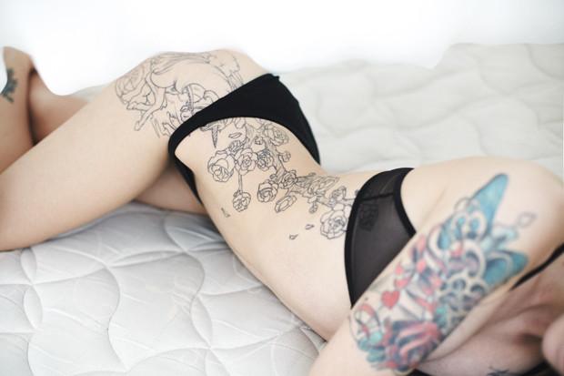 На игле: Пять девушек рассказывают о своих татуировках. Изображение № 26.