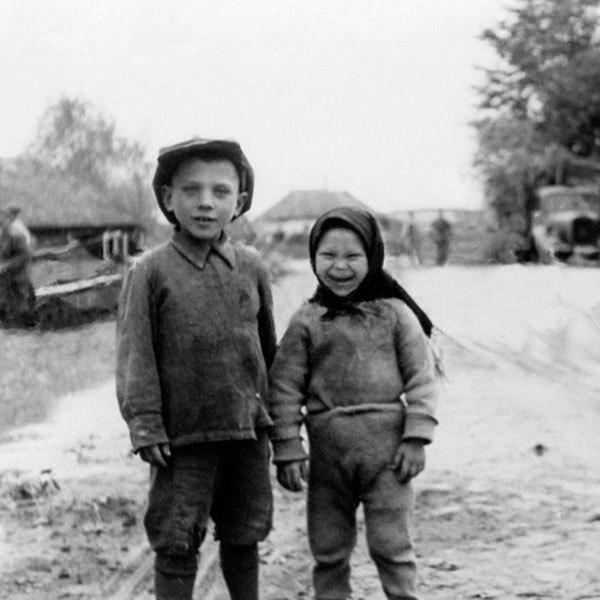 Выставку в честь 70-летия Победы закрыли из-за улыбающихся детей. Изображение № 3.