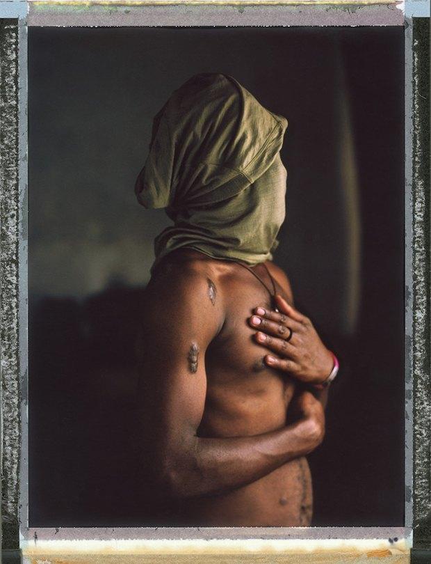 «Меня избивали всем участком с 11 вечера и до 6 утра»: Как преследуют ЛГБТ в странах третьего мира. Изображение № 9.