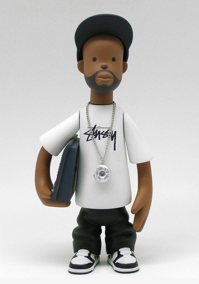 Марка Stussy выпустила игрушечного Джей Диллу. Изображение № 1.