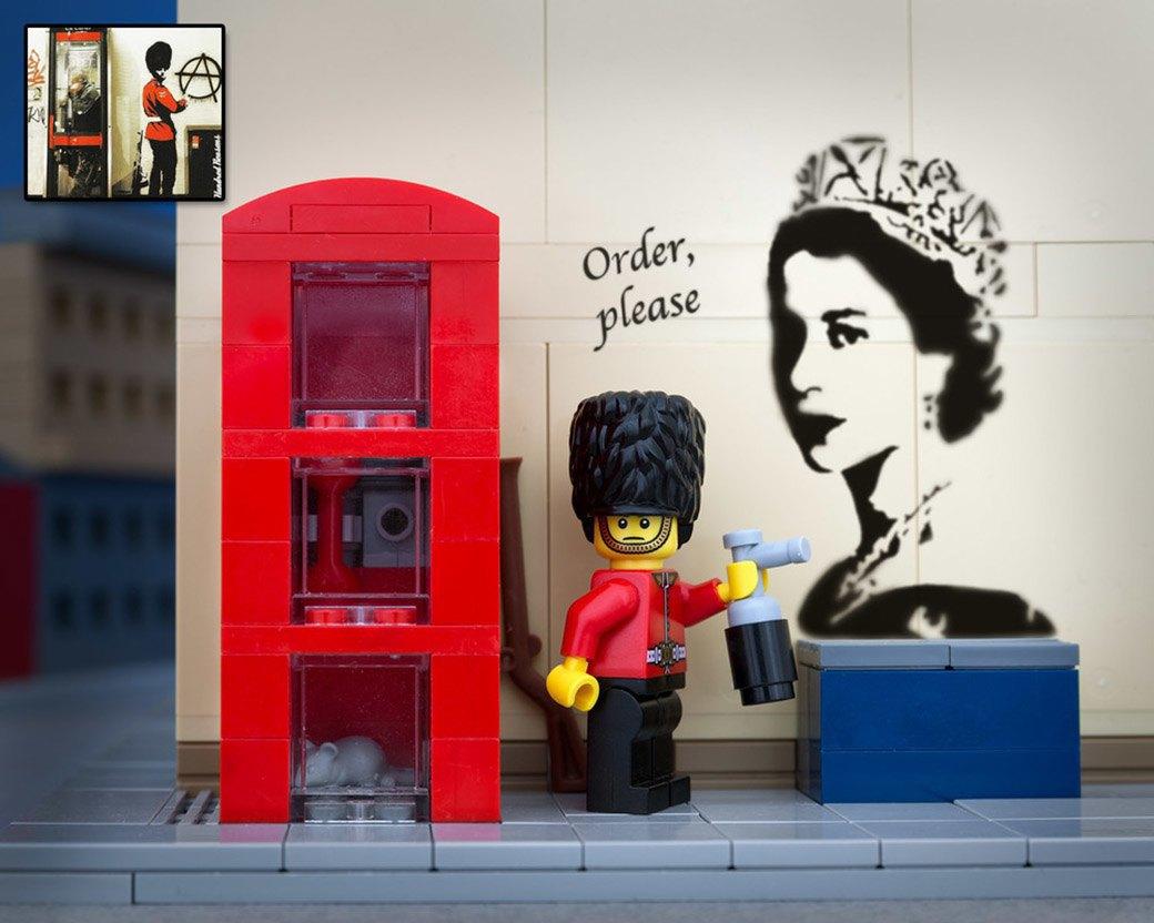 Bricksy: Работы Бэнкси из конструктора LEGO. Изображение № 16.