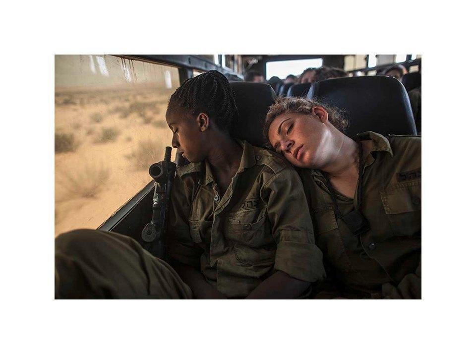 Фотопроект: Как служат женщины в армии Израиля. Изображение № 13.