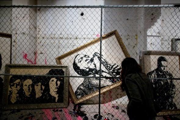 Выставка работ уличного художника Mr. Brainwash. Изображение № 6.
